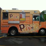 Yes, APD took a report for the STOLEN @PoppedRepublic food truck today. Its ORANGE!! Spot it? Call 703.746.4444. http://t.co/gcNQFozySA