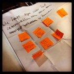 Hulp memos vanuit de zaal op een vraag van een ondernemer tijdens #dtv-sessie van @hermandummer op #SamenSterk14 http://t.co/HxfHVSCB9K