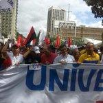 Estamos marchando hoy Día de los #EstudiantesConLaRevolucion. ¡Que Viva los Estudiantes! http://t.co/kiJvbOG8ve