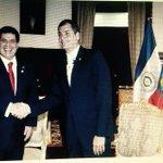 RT @pavoferoz: Prolija la Presidencia ecuatoriana, bandera paraguaya al reves!! http://t.co/CqdTr1g7YU