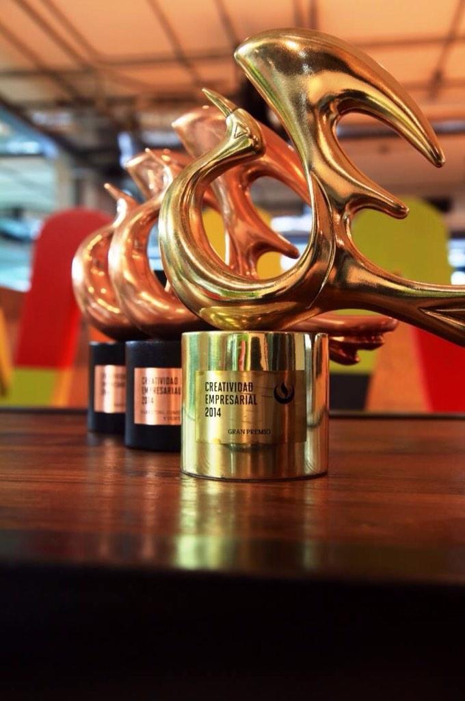 Un premio a un nuevo sector productivo del país las #startups #MesDelEmprendimiento http://t.co/WrDkvbcKT7