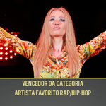 A linda Iggy Azalea dominou as paradas neste ano e acaba de levar prêmio de Artista Favorito Rap/Hip-Hop #AMAnaTNT http://t.co/zTZ6wGwTEu