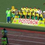 Se inició el clásico del Oriente. Bucaramanga y Cúcuta ya juegan en el estadio Alfonso López. http://t.co/W9CewTJ6wu