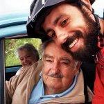 Brasileiro tira selfie com Mujica após pedalar cerca de 3 mil km até Uruguai http://t.co/CbA6hjIrCk #G1 http://t.co/eH4E1RKhPy