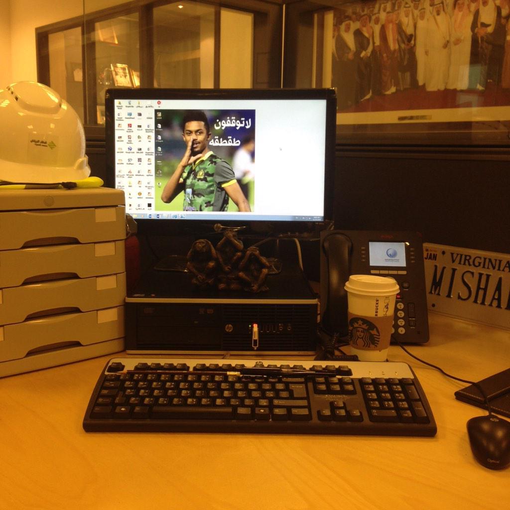 @_ahaaa73   مكتبي �� http://t.co/jyaq0ZhKho