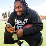 #NoJuice for your phone? #MonsterPowercard and @MoneyLynch have you covered. RT to win your own. #Yeah #Seahawks http://t.co/iws2Ykqzzu
