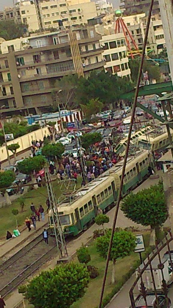 @mostafahassan89 @Nermbed  لا لا محصلش انفجارات هوا تهييس سواقين http://t.co/z8P5i6fiHu