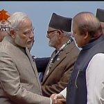 Kathmandu (Nepal): PM Narendra Modi shakes hands with Pakistan PM Nawaz Sharif #SAARC (Pic Source: Nepal TV) http://t.co/9zSDn2zg8p