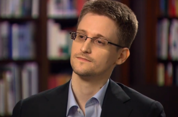 Edward #Snowden fera sa première apparition en #France par vidéoconférence, le 10 décembre. http://t.co/lEOxF69OWB http://t.co/SsBqak7yXr