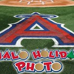 Share your #Angels spirit this season & take your holiday photos on the field @angelstadium: http://t.co/txxiihMHno http://t.co/9mlW6hNwyK