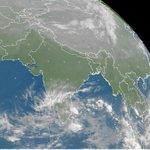 Latest Satellite Image of Nepali Sky (NPT=UTC+5.45) [Auto tweet] #Weather: http://t.co/X1fEYed1ws #SatImage #Nepal http://t.co/qK4io3eGKy