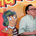 [Atención] Falleció Roberto Gómez Bolaños, Chespirito, según Televisa http://t.co/7WjrX3DfBg #OigoLAFm http://t.co/c3spfnllLJ