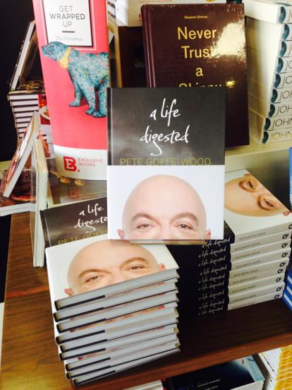 Without doubt one of the coolest feelings in the world - seeing your book in the shelves #LifeDigested http://t.co/v44vrl9Nng