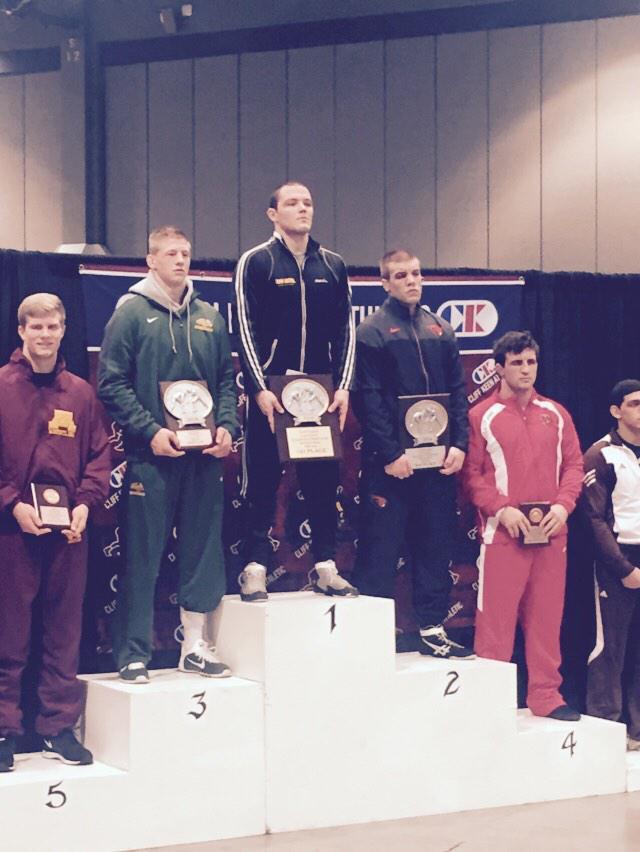 Congrats to Blake Stauffer on his championship performance at the Las Vegas Invitational! #ForksonFire http://t.co/lz3u82Kpog