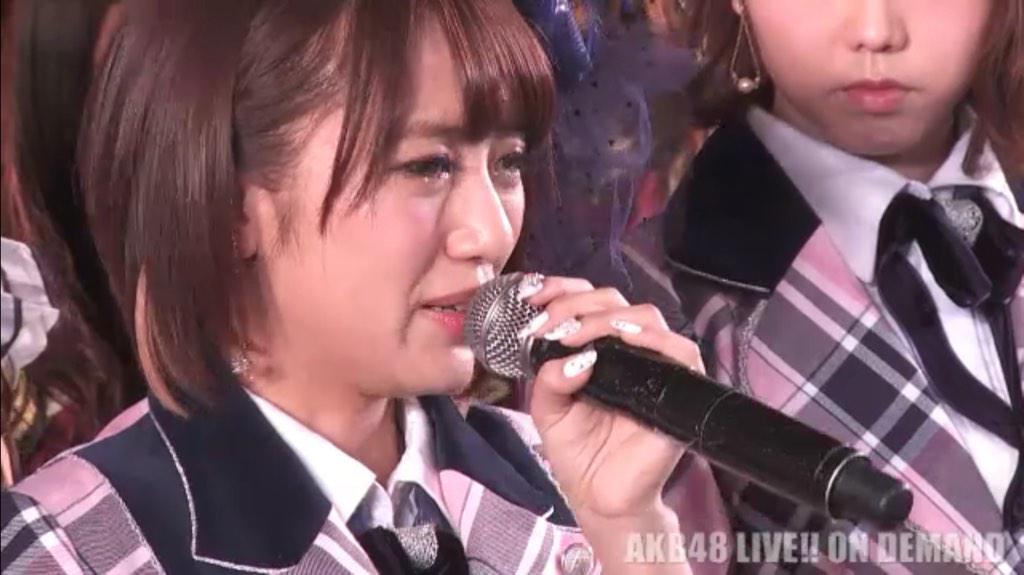 高橋みなみ、2015年12月8日をめどにAKB48を卒業することを発表。 次期総監督には横山由依を指名。 http://t.co/HUHqnAUKiJ