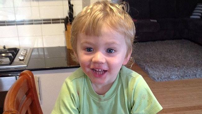 MISSING BOY: Anyone who sees Sam should call police immediately on 131 444. #Perth #FINDSAM http://t.co/8ox6XTq9va http://t.co/6dg08hp3j0