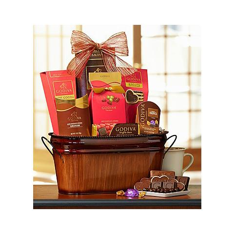 Want to get a few names checked off your list? We've got great holiday gift baskets for less! http://t.co/oezIEWTTv3 http://t.co/PfR8KnzLjA
