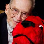 Norman Bridwell, Clifford the Big Red Dog creator, has died at 86 http://t.co/24ZIqmUU37 http://t.co/EclbJHJWzW
