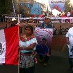 Familiares de normalistas desaparecidos de #Ayotzinapa marchan por Coyoacán en compañía de vecinos de zonas aledañas. http://t.co/RLNQBfkvdU