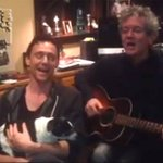 .@twhiddleston singing We Wish You A Merry Christmas with a pooch is amazing!!! http://t.co/Gd0UXLuyWb
