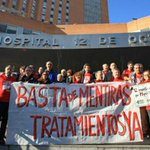 Enfermos de hepatitis C se encierran en el 12 de Octubre para reclamar los nuevos fármacos http://t.co/Js87CAs9Su http://t.co/ARzJ7THx2k