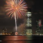 Fireworks From Battery Park City #NYC ???? @EverythingNYC http://t.co/Zfp3DrStZq