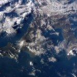 (IT) Finalmente un passaggio di giorno sopra l#Italia! Calabria, Puglia e Basilicata non si arrendono alle nuvole... http://t.co/Db2NjOxvhy