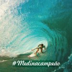 #MedinaCampeão!  Aos 20 anos, Gabriel Medina conquista o título mundial de Surfe: http://t.co/nO9hIqp1QP