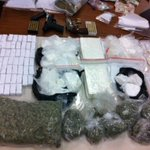 Springfield police arrest man after finding drugs, guns, and cash in his home http://t.co/fkqg8gLViK http://t.co/wm8HtcgmQD