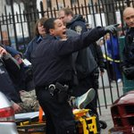 "Two NYPD cops sitting in patrol car in Brooklyn shot by gunman in ""ambush"" shooting: sources. http://t.co/dksNV2sczA http://t.co/KeW8LGbkCa"
