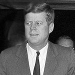 In 1961 letter, JFK reassured little girl that the Soviets couldn't stop Santa Claus http://t.co/J9tu35WvhX http://t.co/ugpFkeoTNl