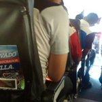 Así recibe el avión al equipo que viajará hacia la sexta #VamosMedellín #DIMxlaSexta http://t.co/9tn9UBcsy8