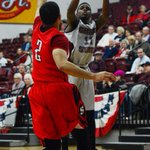 Jalen McFerren with a 3, #ChicoState leads 14-1 http://t.co/Tm84g1XKri