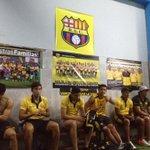 #BSC, los jugadores esperan el clásico final con el Papá Francisco presente en el camerino vía @saucedo_pablo http://t.co/b15hV9T5i7