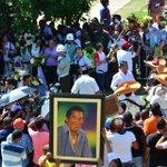 Fanáticos del Cacique de la Junta rinden homenaje en su tumba http://t.co/xkz0ewMgjL http://t.co/kF1qigkn8U