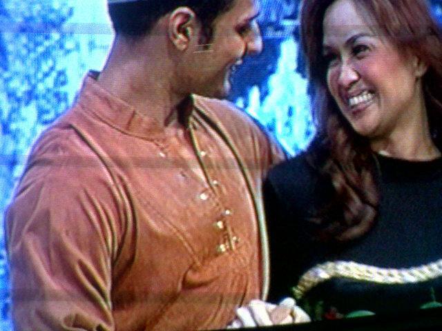 Buat Para Suami: Lakukan Hal-hal Ini Agar Istri Anda Bahagia - AnekaNews.net