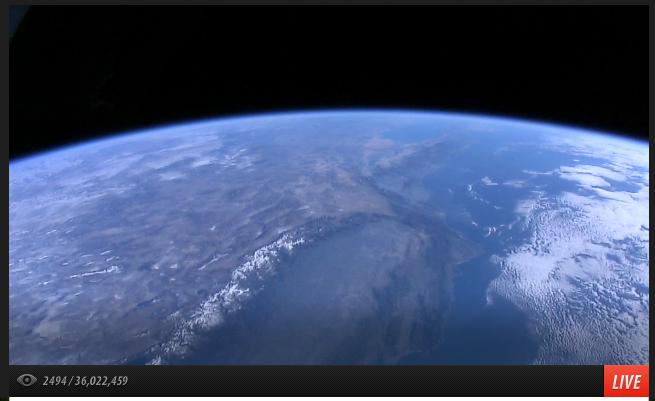 Не знам дали знаете, но има live HD stream от международната космическа станция -> http://t.co/E9TPEWufAD http://t.co/csYnLguqGI