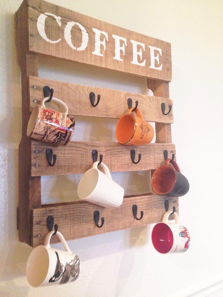 فكرة رائعة لعشاق القهوة اكواب قهوتك في متناول يديك  #مطبخ_قودي #افكار #غرد_بصورة http://t.co/Ify2rXN3co