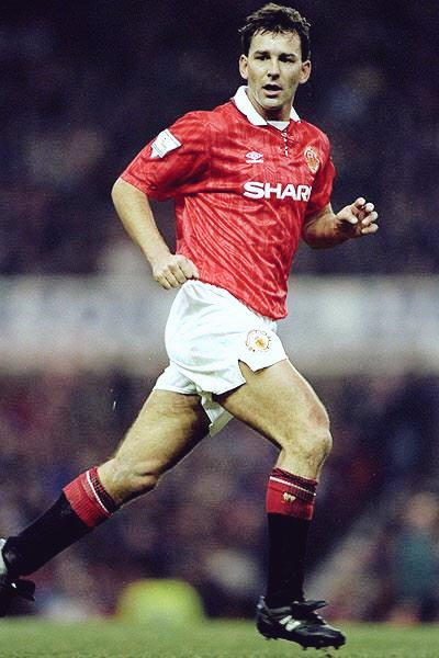 Happy birthday to legend, Bryan Robson. He turns 58 today. Robson made 345 appearances, 74 goals.