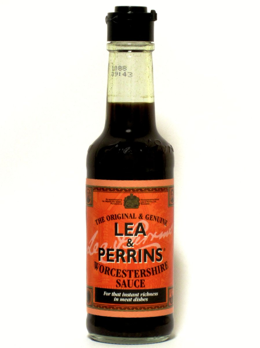 A little tip for our american friends, its pronounced worst-sharia sauce.. #foxnewsfacts http://t.co/zBbHGrcGb2