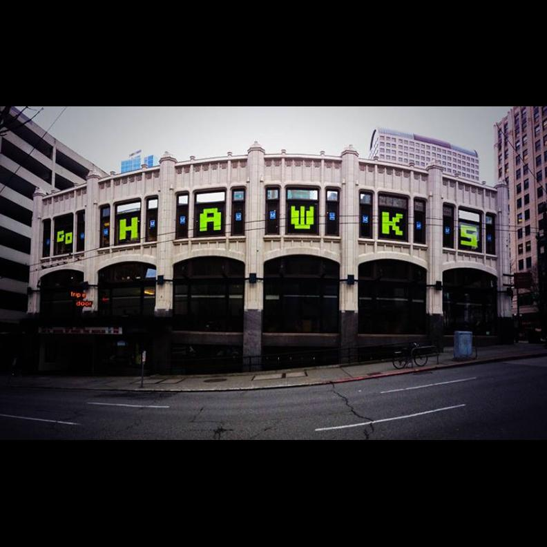 Let's keep this #Hawkitecture up in the windows into February! @Seahawks @WildGingerRes @TheTripleDoor http://t.co/FZ3IG4Y81J