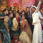 Super episode shot for Comedy Nights with Kapil with #DollyKiDoli team. Pl watch telecast on 18th Jan at 10pm. Enjoy http://t.co/bbI74ETc46