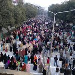 Huge crowd. View: From panorama bridge towards wapda house right now #JIShaneMustafaMarch Lahore http://t.co/6B3SGlx7uZ