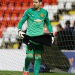 Victor Valdes in action for Man Utd u21s tonight vs. Liverpool u21s. http://t.co/Htkv2nu6KM