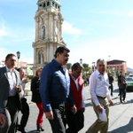 El Gobernador @Paco_Olvera con @EleazarGarcia_ supervisó obras de remodelación en Plaza Independencia de #Pachuca http://t.co/H9V199bAUq