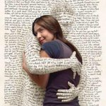ai vc ta lendo um livro tão bom que se sente tipo: http://t.co/lw0kGrZHE9