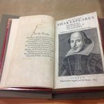 The Beineckes First Folio made an appearance today at a Yale undergraduate class on Shakespeares major tragedies. http://t.co/UYKCXrr5jp