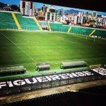Bom dia nação alvinegra! Faltam 2 dias para a estreia do Figueira no Catarinense 2015! #ForçaFuracão #RádioFigueira http://t.co/rHPmSxbuSp
