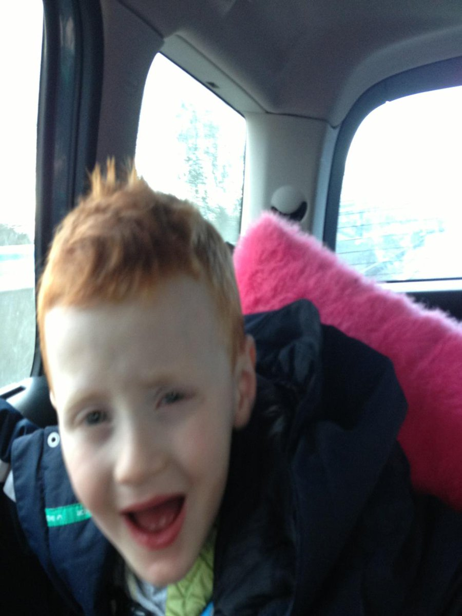 Travelling to the stadium of light to be mascot for @SunderlandAFC - one very excited George - come on Sunderland! X http://t.co/Ra7tCrgypt
