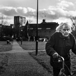 A focused gaze, and a strong walk! Old not elderly! Image taken in #bethnalgreen #London http://t.co/OyyiFhdHxC http://t.co/hW8lnf1jE5